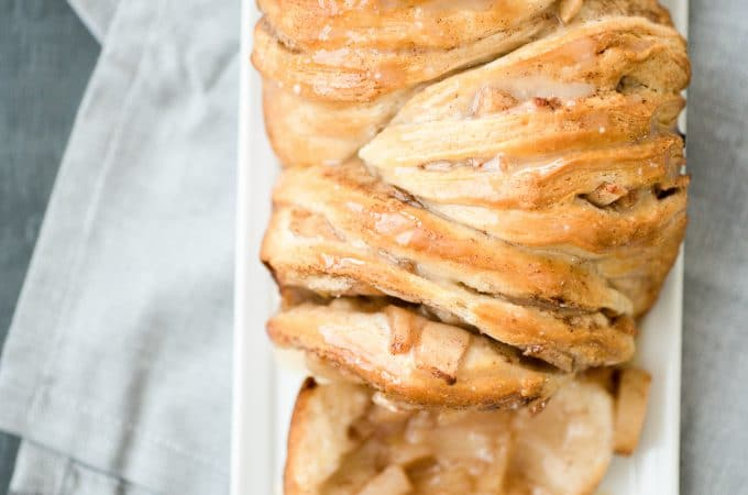 Apple Pie Pull Apart Bread - Sweetly Splendid