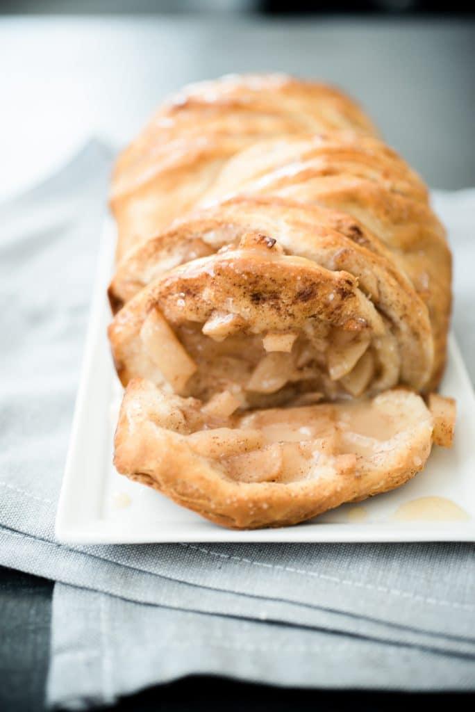 Apple Pie Pull Apart Bread - Sweetly Splendid