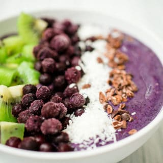Sweetly Splendid - Blueberry Banana Smoothie Bowl