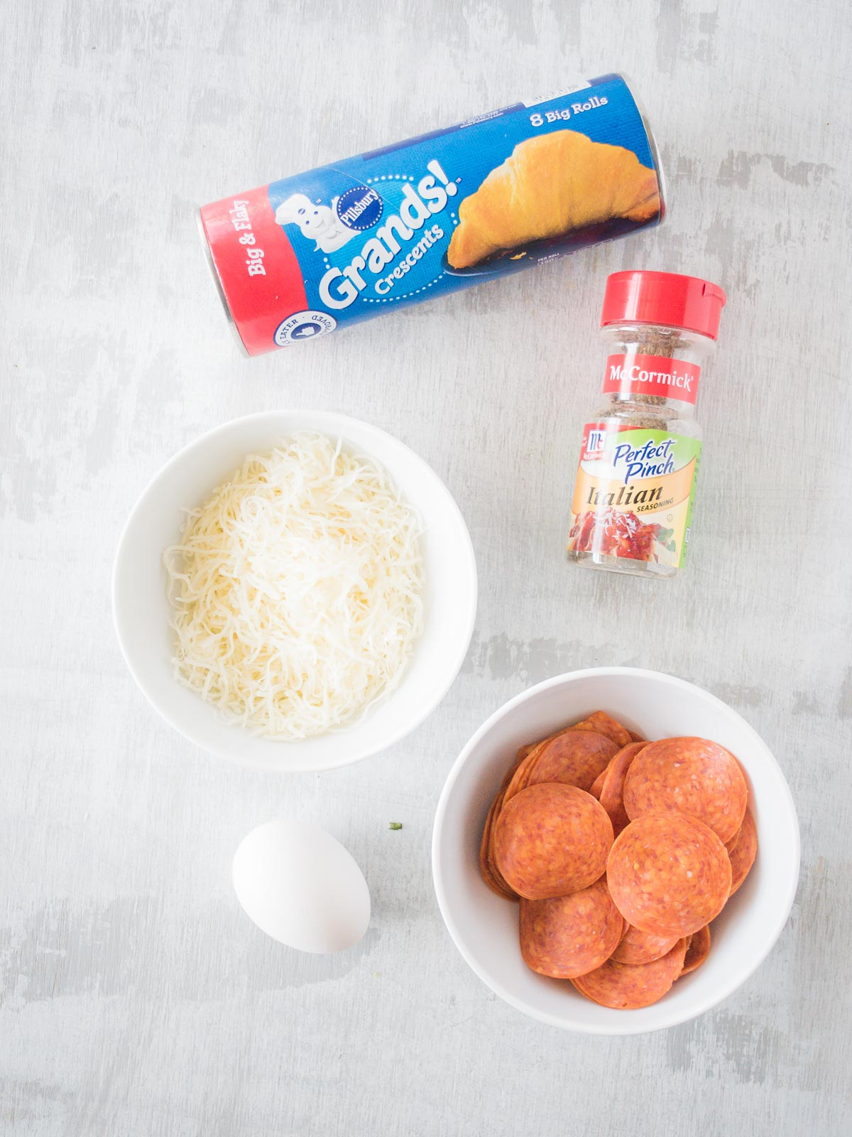 ingredients to make pepperoni rolls