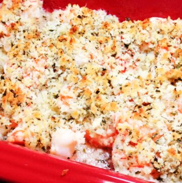 Baked Shrimp Scampi in a red dish