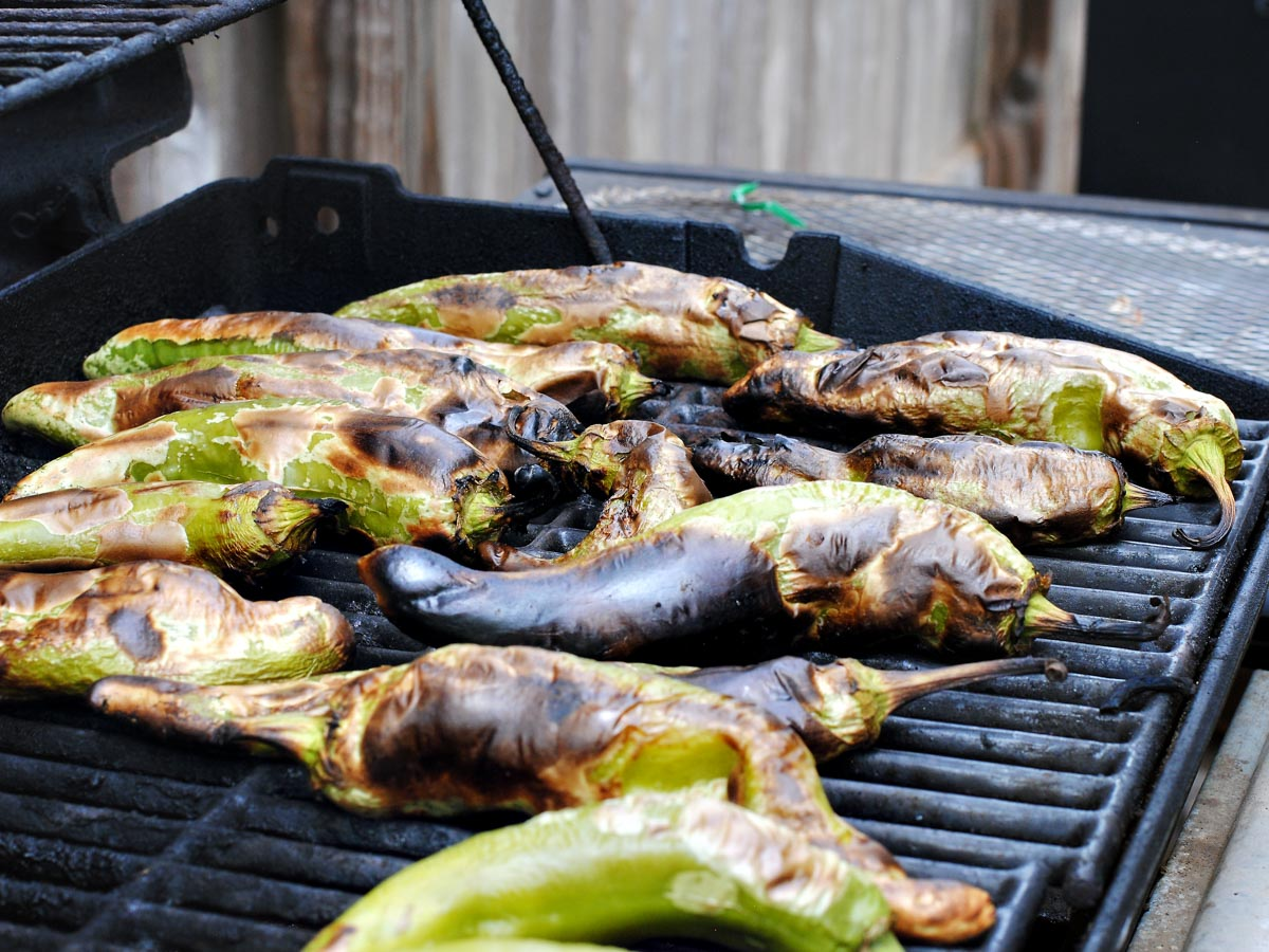 roasted green chiles on grill grates