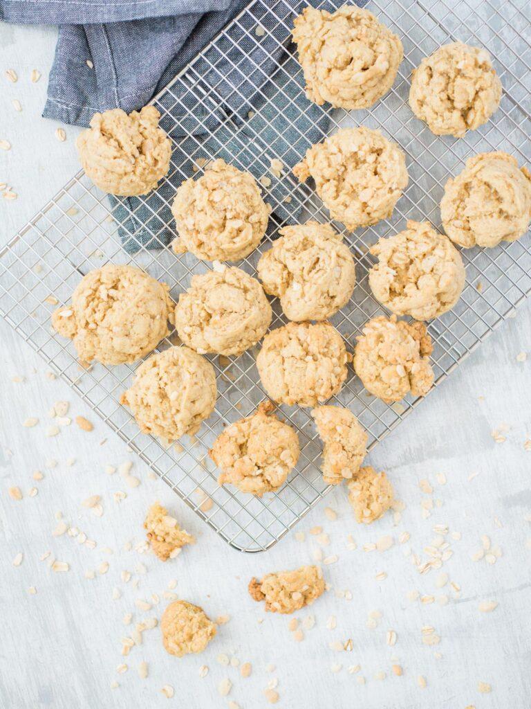 rice krispie oatmeal cookies on a cooling rack