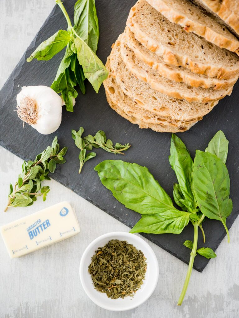 ingredients for easy garlic bread