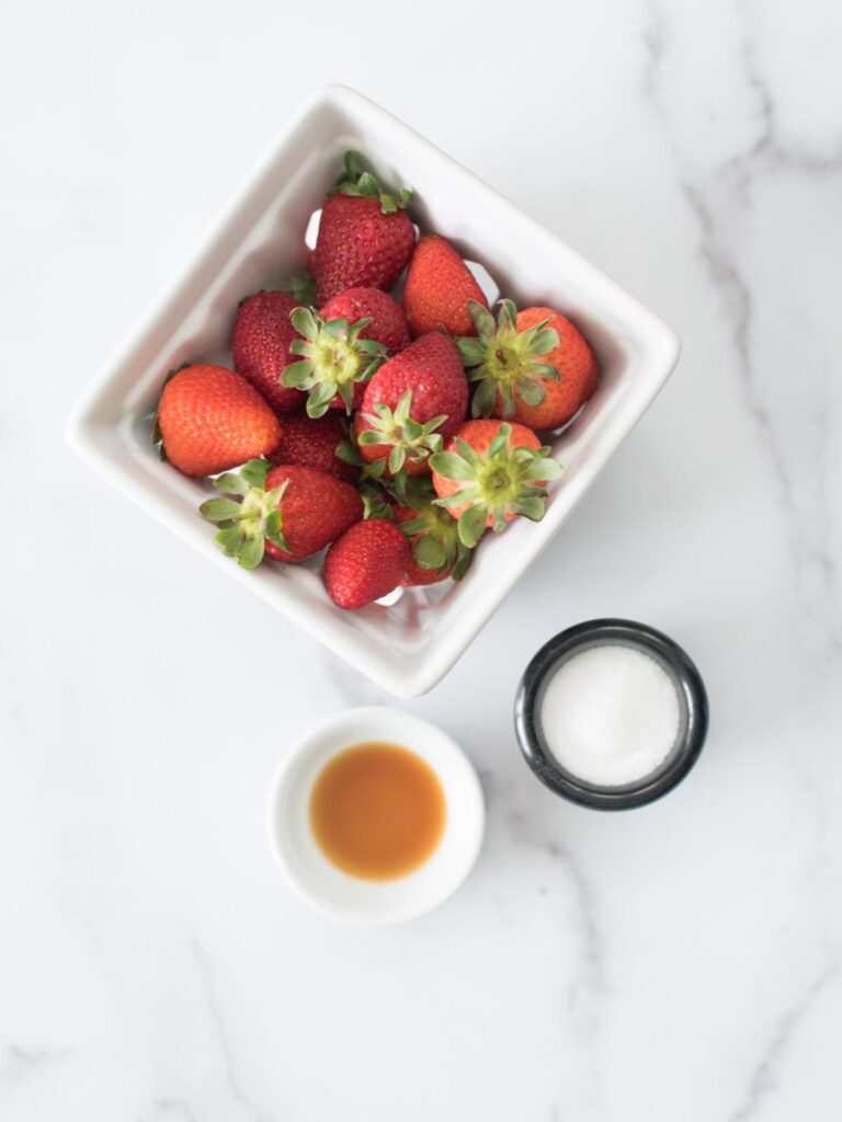 ingredients for sweet strawberry topping