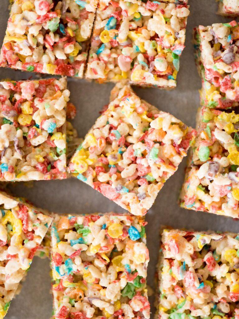 cut fruity pebbles rice krispie treats